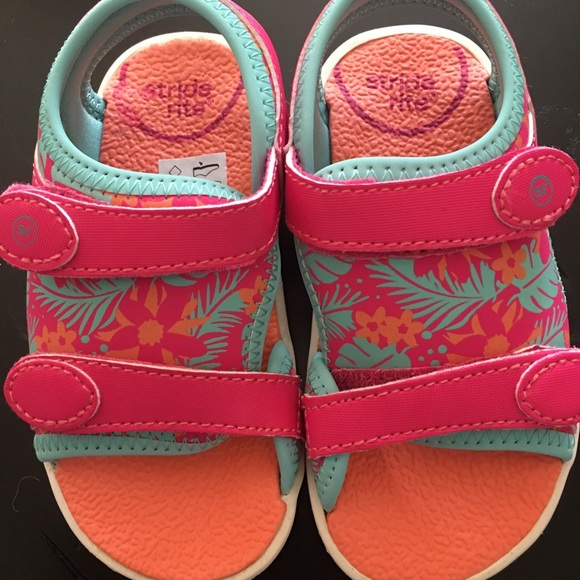 Stride Rite Other - Like New Stride Rite Toddler Sandals Size 7